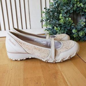 Skechers Rosebloom Sassies Floral Sneakers Size 7